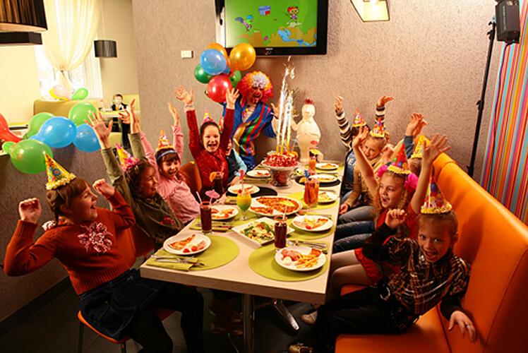 Конкурсы на день рождения взрослым в кафе